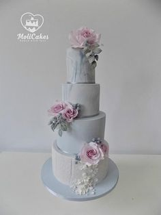 Wedding cake by MOLI Cakes