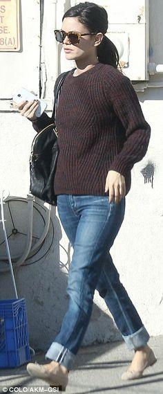 Rachel Bilson + jeans