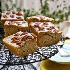 This easy cake recipe by Cajun food authority Marcelle Bienvenu is studded with pecans and is typical of Cajun cooking—gateau de sirup Healthy Desserts, Easy Desserts, Delicious Desserts, Yummy Food, Easy Cake Recipes, Sweet Recipes, Dessert Recipes, Meal Recipes, Deserts