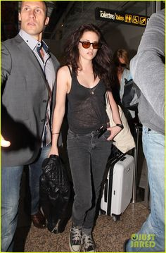 cute sunglasses (Kristen Stewart)