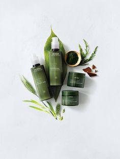 Experimentarás la energía vital de las plantas con #BotanicalKinetics y sentirás el poder de la naturaleza en tu piel. Te esperamos en C/ Girona, 152 de Barcelona. Pide hora