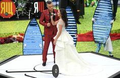 Robbie Williams, Mermaid Wedding, Baby Strollers, Wedding Dresses, Children, Style, Twitter, Fashion, World Cup