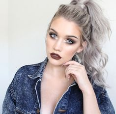 silver hair sssamantha on IG