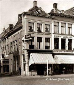 1954 - Breda Grote Markt.