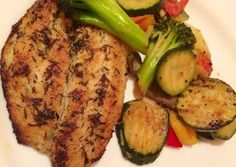 Grilled Salmon, Fitt, Mashed Potatoes, Zucchini, Grilling, Food And Drink, Chicken, Vegetables, Ethnic Recipes