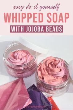 Diy Body Scrub, Diy Scrub, Hand Scrub, Sugar Scrub Recipe, Sugar Scrub Diy, Diy Cosmetic, Handmade Soap Recipes, Handmade Soaps, Homemade Body Butter