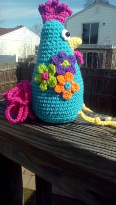 Funky Chicken Trio Crochet Amigurumi by PinkChihuahuaCrafts Crochet Birds, Crochet For Kids, Crochet Animals, Crochet Patterns Amigurumi, Crochet Toys, Minion Crochet Patterns, Crochet Headband Free, Crochet Chicken, Crochet World