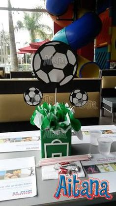 Soccer centerpiece by Aitana Soccer Birthday Parties, Football Birthday, Soccer Party, Sports Party, Birthday Party Themes, Soccer Centerpieces, Party Centerpieces, Soccer Baby Showers, Soccer Decor