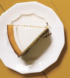 Pumpkin Cheesecake with Marshmallow-Sour Cream Topping and Gingersnap Crust...shut up.