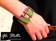 """Bracciale artigianale in ceramica lavorato e dipinto a mano """"Revolucion"""". Vai al link per tutte le info: http://glistolti.shopmania.biz/compra/bracciale-revolucion-color-121 Gli Stolti Original Design. Handmade in Italy. #glistolti #moda #artigianato #madeinitaly #design #stile #roma #rome #shopping #fashion #handmade #style #bijoux #ceramica #ceramic"""