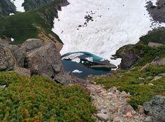 魔王岳からの亀が池