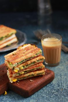 Spinach corn sandwich recipe with step by step photos. learn how to make grilled corn and spinach sandwich with cheese with this easy recipe Corn Sandwich, Sandwich Recipes, Snack Recipes, Cooking Recipes, Healthy Recipes, Snacks, Healthy Sandwiches, Wrap Sandwiches, Baby Corn Recipes