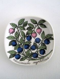Arabia Finland Wall plate Blueberry by PivisFinnishVintage on Etsy