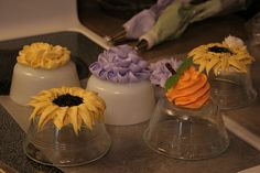 Fall Cupcake Decorating Practice by Punkie Pies, via Flickr