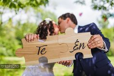 "I'm a huge fan of jigsaw puzzle games so I painted 2 puzzle-shaped boards with the words ""you"" and ""me"" (in Hungarian). It symbolizes that we match with each other like 2 puzzle pieces. :) #diy #wedding #idea #puzzle #boards"