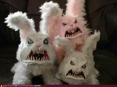 """Repurposing stuffed animals these could be """"midway prizes"""" for your carnival scene or Halloween bash❤️ Diy Halloween, Halloween Forum, Holidays Halloween, Halloween Decorations, Easter Holidays, Halloween 2017, Happy Easter, Easter Bunny, Easter Eggs"""