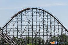 5/14 | Photo du Roller Coaster Colossos situé à Heide-Park (Allemagne). Plus d'information sur notre site www.e-coasters.com !! Tous les meilleurs Parcs d'Attractions sur un seul site web !! Découvrez également notre vidéo embarquée à cette adresse : http://youtu.be/9bWLKRgvd3w