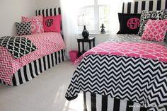D2D Designs: Coordinating Pink and Black Chevron Dorm Room Bedding | Sorority and Dorm Room Bedding