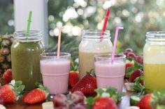 Una buena forma de que los niños empiecen a consumir más frutas y verduras es con los batidos o smoothies.