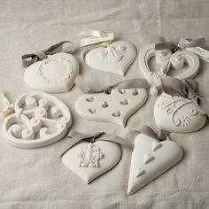 Diy Crafts - 40 Plaster of Paris Craft Ideas and Projects for 2018 - Bored Art Plaster Crafts, Clay Crafts, Arts And Crafts, Fun Crafts, Clay Christmas Decorations, Christmas Crafts, Christmas Ornaments, Paris Crafts, Salt Dough Crafts