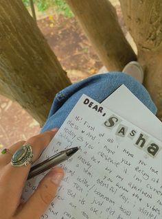 Pen Pal Letters, Love Letters, Art Diary, Journal Aesthetic, Handwritten Letters, Journal Prompts, Journals, Scrapbook Journal, Letter Writing