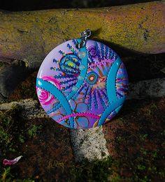 # Pendentif - Purplelie by Dumauvobleu, via Flickr