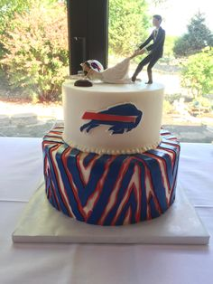 Buffalo Bills Cake  Zubaz Reluctant Bride