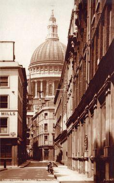 St Paul's from Watling Street, c 1935
