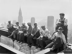 construction workers on beams 1932