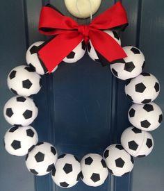Soccer Wreath by HartFilledDesigns on Etsy Soccer Locker, Soccer Room, Top Soccer, Soccer Girls, Soccer Wreath, Locker Room Decorations, Soccer Crafts, Soccer Banquet, Sports Wreaths