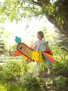 It's the weekend of creating costumes! Oh how I love this time of year! Some of you have already made this duct tape bird costume from my book Playful and shared on Instagram. Soo soo cool. Check #...