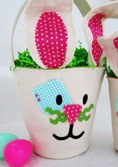 dá uma olhadinha nessa ideia genial, para à Páscoa, uma cesta, bolsa,um balde, sei lá oque rsrsrsrs muito fofo parapresentearnessa Páscoa...