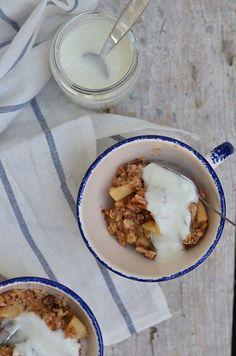 Apple Cinnamon Baked Porridge