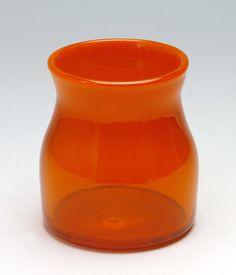 Oranssia lasia.
