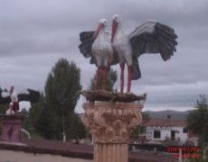 Flying Stork Family Statue