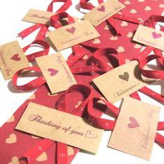 手描きのハートモチーフのバレンタインのラッピング用シールです。クラフトの柔らかい感じが暖かみを感じさせます。バレンタインの手作りチョコのラッピングや、既製品で...|ハンドメイド、手作り、手仕事品の通販・販売・購入ならCreema。
