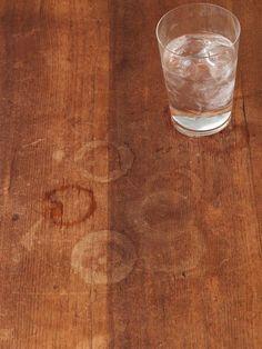 Es ist nur Wasser - und doch kriegt man das Zeug vom Holz nicht weg! Außer....