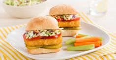 Fish Sandwich with Tangy Dill Coleslaw Recipe Wrap Recipes, Fish Recipes, Salmon Recipes, Best Seafood Recipes, Seafood Meals, Fish Sandwich, Food Categories, Coleslaw