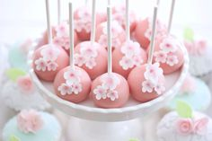 Cherry blossoms cakepops...For tutorials and more follow my Instagram account @sosweetbites