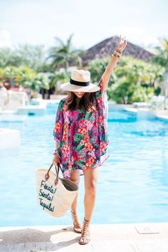 Phenomenal 13 Most Comfortable Women Vacation Outfits Ideas You Must Try The idea of women vacation outfits is sometimes a problem. So it's not just when going out for a walk that women always question their clothes, but . Summer Outfits Women 20s, Summer Outfit For Teen Girls, Outfits For Teens, Outfits 2016, Videos Instagram, Photo Instagram, Hipster Grunge, Beach Vibes, Summer Vibes