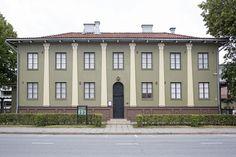 Alvar Aalto's Headquarters for the Suojeluskunta (Civil Guard) in Seinajoki Classical Architecture, Interior Architecture, Nordic Classicism, Alvar Aalto, Finland, Facade, Design Inspiration, Traditional, Mansions
