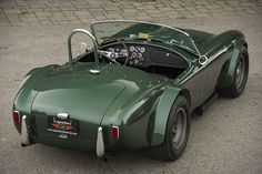 """vintageclassiccars: """" 1965 Shelby 289 Cobra Original Dragon Snake - 1 Of Only 4 Factory Built """" Ford Shelby Cobra, Shelby Car, Cobra Kit, Ac Cobra, Carroll Shelby, Roadster, Drag Cars, Car In The World, Hot Cars"""