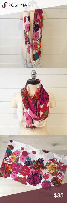 Anthro • beautiful floral scarf 🌸🌺 Beautiful Anthropologie circle scarf. 100% soft rayon. Made in India. New! This is such a pretty scarf, wear to brighten up an all white or neural palette. Never been worn. 🌸🌺✨ Anthropologie Accessories Scarves & Wraps