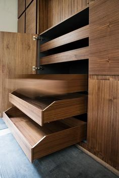 INTERIOR-iD is a premium-quality joinery company specialising in the development, manufacture and installation of bespoke fitted interiors in a range of materials.