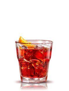 Negroni . Preparación: 1 parte Campari - 1 parte Ginebra - 1 parte Vermouth Cinzano rosso. Servir en un vaso con doble de hielo. Decorar con una rodaja de naranja. #micoctelcampari