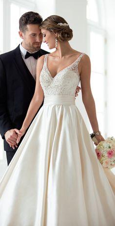 ba5c20e580e929 Wedding Dress by Stella York Spring 2017 Bridal Collection Togahuwelijk