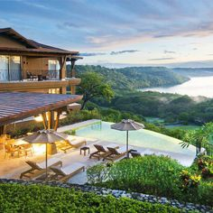 Villas Vista Hermosa Costa Rica -  Wouldn't it be nice to be able to hangout here... Together we can give ourselves this Dream Lifestyle...   Alone, probably not, but together definitely!   Fill out your Application here:  yes.retirewithtalia.com  tkala.124online.com