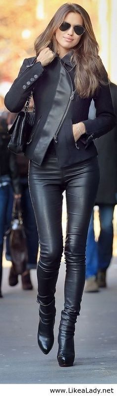 ULTIMATE BLACK OUTFIT STREET STYLE FASHION