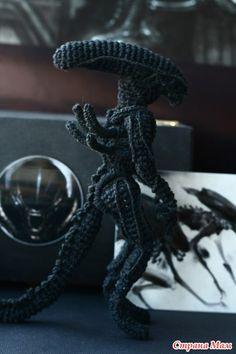 Crochet Alien (no pattern)