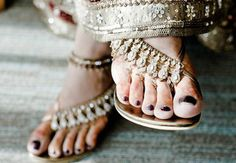Fullonwedding - Bridal Accessories - 10 Bridal Shoes That Will Make You Drool - Indian Style Bridal Sandal